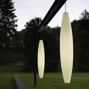 Outdoor hanging pendant light