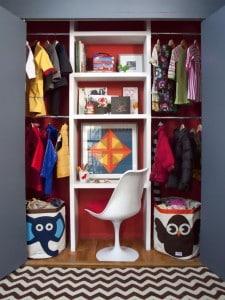 Kid's closet desk solution