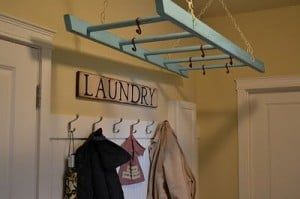 Laundry ladder for clothes hanging